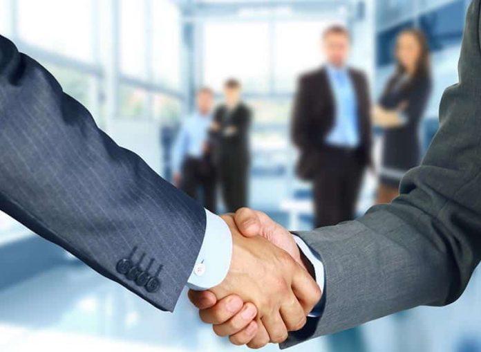 Comment former un partenariat commercial